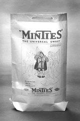 Original wrapper: Early Minties packaging.