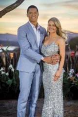 Garvey proposed to Sam Frost but before the show even had a chance to air, he had already dumped her, and shortly after ran away to Thailand with Pillidge.
