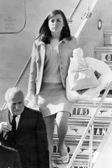Sue Holt alighting from the royal jet in Melbourne, December 1967, to attend her uncle's memorial service.