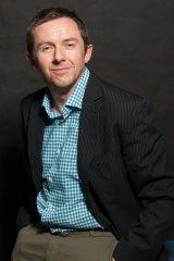 Simon Mossman, Mossman Media: people still value traditional business cards.