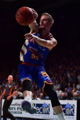 Sixer Anthony Drmic on the way to a 100-73 win over Melbourne United in Adelaide on Thursday night.