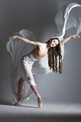 Paulina Quinteros show Danza Del Arte 'La Choreografia'.