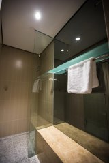 Showers feature splash-proof recharging outlets.