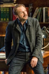 Ralph Fiennes as Jack Tanner in <i>Man and Superman</i>.