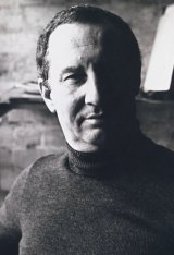 Les Mason helped shift the mood of Australian graphic design.