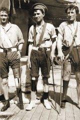 Injured soldiers at Gallipoli.