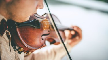 People who play musical instruments on the weekend for fun are proof that intrinsic motivation beats financial rewards.