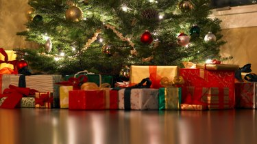 RAC has warned West Australians to be vigilant against burglars this Christmas season.