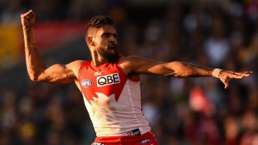 Lewis Jetta performed an indigenous spear-throwing dance in support of Goodes.