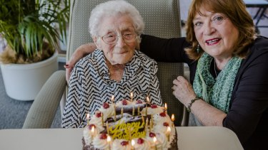 Gwen Smith celebrates her 108th birthday with her daughter Terry Ayres.