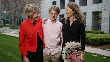 Eddie Blewett with his mums Neroli Dickson and Claire Blewett.