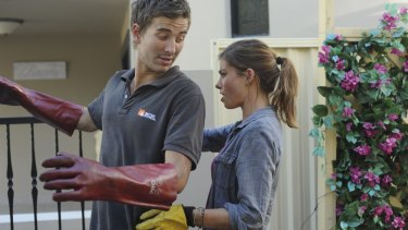 Brooke Satchwell as Frankie and Ryan Corr as Coby in <i>Packed to the Rafters</i>.