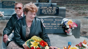 Distressed but relieved: Stan and Noelle Richardson visiting their daughter Bronwynne's grave in 1998, 25 years after her murder.