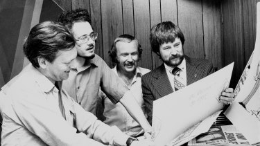 Mike Gibson, centre, with cartoonists John Jensen and Pat Oliphant,  and Acting Editor of the Sun, Derryn Hinch, 17 March 1976.