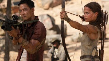 Daniel Wu and Alicia Vikander in Tomb Raider.