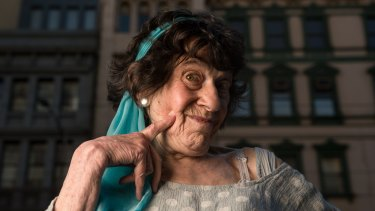 US comedian Lynn Ruth Miller, 82, is the oldest performer in the Melbourne International Comedy Festival.