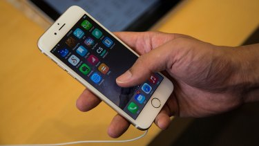 Apple's annual iPhone launches are popular enough to be a lightning rod for new and re-contracting customers and those signing new contracts.
