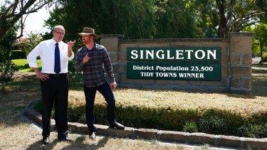 Luke Foley and Labor candidate Martin Rush  in Singleton on Wednesday.