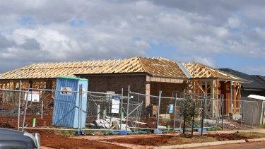 Atherstone housing estate under construction.