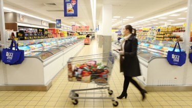 Aldi Australia's sales are forecast to reach $15 billion by 2020, challenging the Woolworths/Coles supermarket duopoly.