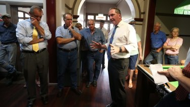 Barnaby Joyce during a 'politics in the pub' event at the Royal Hotel in Merriwa.