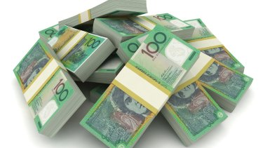 New figures show 38 per cent of people still use cash for payments of more than $100.