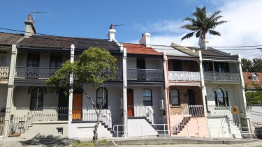 The median value of houses in the inner city and eastern suburbs tumbled.