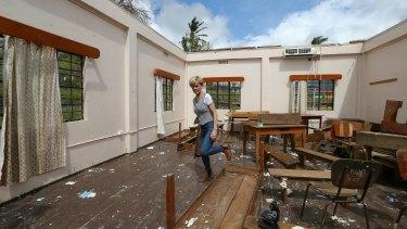 Foreign Affairs Minister Julie Bishop surveys the damage to Penang Sangam High School in Rakiraki.