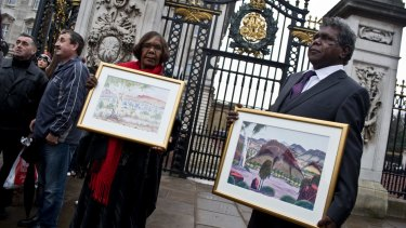 Kevin and Lenie Namatjira ready to go in to Buckingham Palace to meet the Queen.