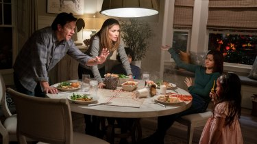Mark Wahlberg, Rose Byrne, Gustavo Quiroz, Isabela Moner, and Julianna Gamiz in a scene from Instant Family.