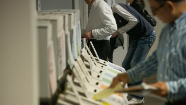 By 4.50pm on Tuesday, 467,368 early votes had been issued.