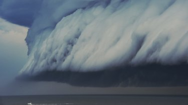 A massive shelf cloud off the coast of Sydney.
