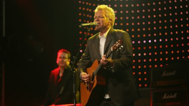 Davies is a seasoned performer with a string of classic hits to his name.