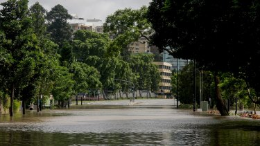BRISBANE. NEWS. BRISBANE TIMES. Photograph taken by Michelle Smith on Wednesday 12th January, 2011. Coronation Drive between Sylvan Road and Land Street, Toowong - closed due to rising flood waters from the Brisbane River. Photo taken on January 12, 2011 at 9.25am. Coronation Drive between Sylvan Road and Land Street, Toowong, is closed due to rising flood waters of the Brisbane River.