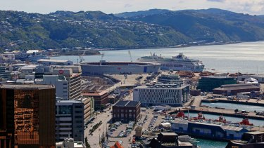 Canberra will soon strike up a sister-city relationship with Wellington, New Zealand to bring more tourists and trade to both capitals.
