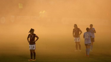 SYDNEY, AUSTRALIA - DECEMBER 30: Smoke from a flare blankets the pitch during the round nine W-League match between Western Sydney and Sydney at Popondetta Park on December 30, 2016 in Sydney, Australia. (Photo by Jason McCawley/Getty Images)