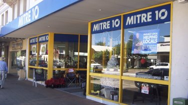 If Metcash buys Woolworths' Home Timber & Hardware business and combines it with its Mitre 10 it will create a significant No. 2 player in the market.