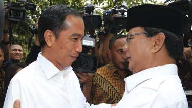 Joko Widodo (left) and his rival for the presidency, Prabowo Subianto, in October 2014.