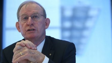 "David Murray said the citizenship issue risked ""derailing"" the stability of Parliament."