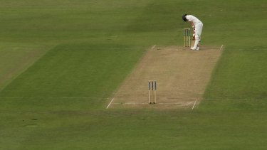 Steve Smith, all alone, goes out for 5 runs.