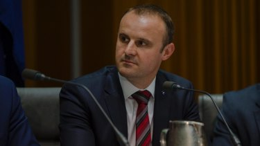 Chief minister Andrew Barr is calling on the Federal government to restore health and education funding and increase infrastructure funding.