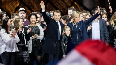 French President Emmanuel Macron S Wife Brigitte The Secret To Her Appeal