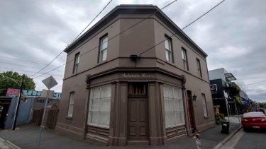 Mr Kennett's office at 69 Balmain Street, Cremorne.