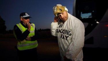 Pratzky with local police.