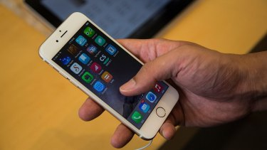 This year's big iOS upgrade will be designed to get everyone upgrading instantly, analysts say.