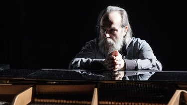 Lubomyr Melnyk: His innovative musical style developed in Paris in the 1970s.