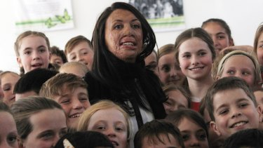 Turia Pitt as an inspiration speaker with students at Gwynneville.