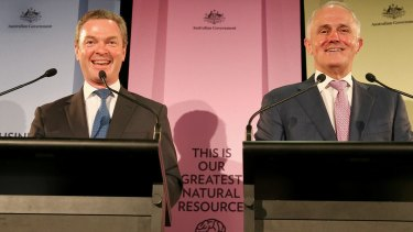 Innovation Minister Christopher Pyne and Prime Minister Malcolm Turnbull release the government's National Innovation and Science Agenda at the CSIRO Discovery Centre in Canberra.