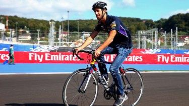 Daniel Ricciardo says he will reconsider road cycling.