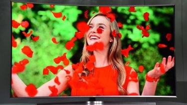 Samsung's new flagship smart TV, the Series 9 JS9500.